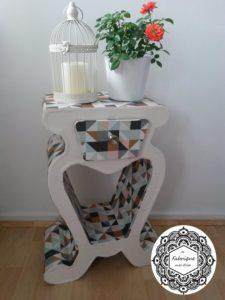 Création table de chevet en carton